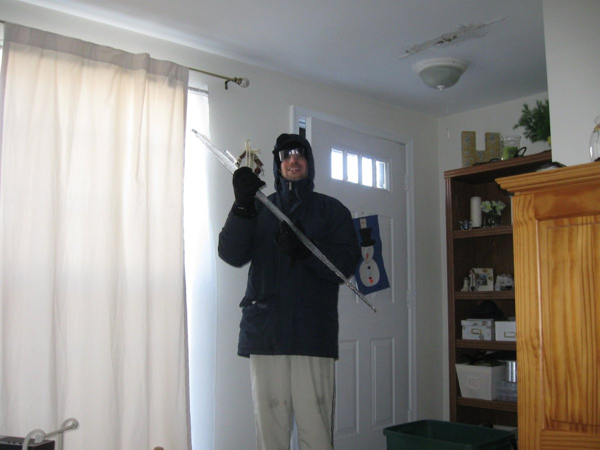 Remember Snowmageddon in February of 2009? Here's Mr. H with a 3 foot+ icicle from that very storm...and other photos. It was up to my 5 year old's shoulders. <a target='_blank' href='http://search.twitter.com/search?q=28inchesofsnow'><a target='_blank' href='https://twitter.com/hashtag/28inchesofsnow?src=hash'>#28inchesofsnow</a></a> <a target='_blank' href='http://search.twitter.com/search?q=2009'><a target='_blank' href='https://twitter.com/hashtag/2009?src=hash'>#2009</a></a> <a target='_blank' href='http://search.twitter.com/search?q=snowmageddon'><a target='_blank' href='https://twitter.com/hashtag/snowmageddon?src=hash'>#snowmageddon</a></a> <a target='_blank' href='http://search.twitter.com/search?q=itcouldbeworse'><a target='_blank' href='https://twitter.com/hashtag/itcouldbeworse?src=hash'>#itcouldbeworse</a></a> <a target='_blank' href='http://search.twitter.com/search?q=snowday'><a target='_blank' href='https://twitter.com/hashtag/snowday?src=hash'>#snowday</a></a> <a target='_blank' href='https://t.co/WSuUgDTLxl'>https://t.co/WSuUgDTLxl</a>