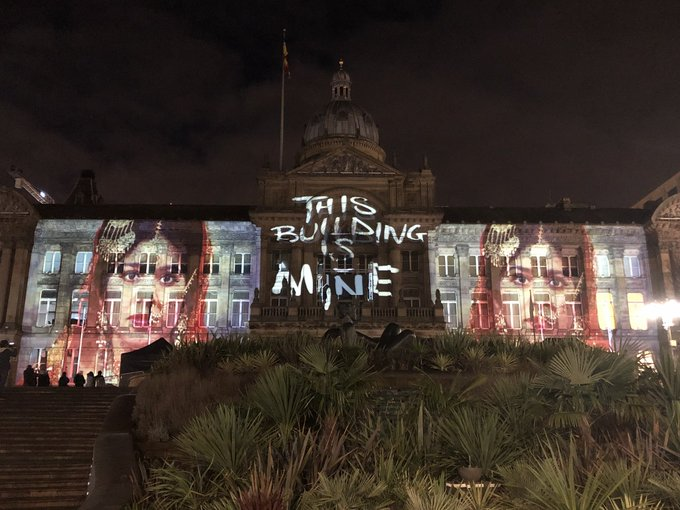 Impressive projections on to Birmingham's Council House tonight, celebrating the city's 130th birthday. #brum130 Photo