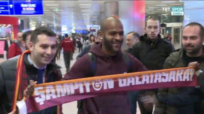 Galatasaray'ımızın yeni transferi Marcao, İstanbul'a indi. Photo