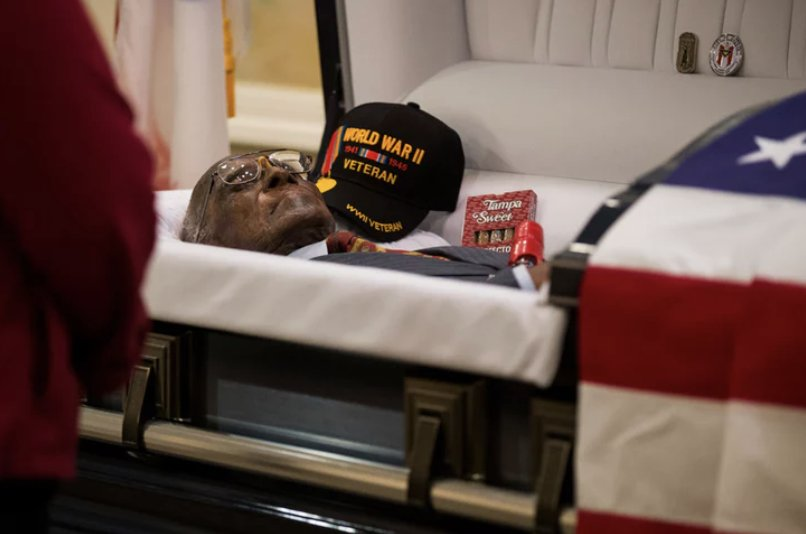 The nation's oldest WWII veteran - Richard Overton - was buried with a box of cigars and a bottle of Makers Mark whiskey.  God, please let me be a small fraction of this awesome.   https://t.co/KQMTbtXI4y