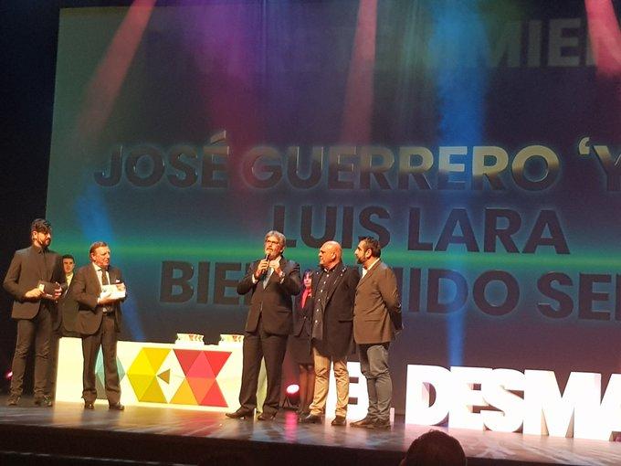 Noche divertida en la II Gala #PremiosDEX . Gracias a @eldesmarque por la organización y a @_ManuSanchez_ por su animación. Enhorabuena a todos los galardonados. Foto