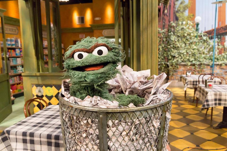 Surround yourself with the things you love this week! #MondayMotivation (via @sesamestreet)