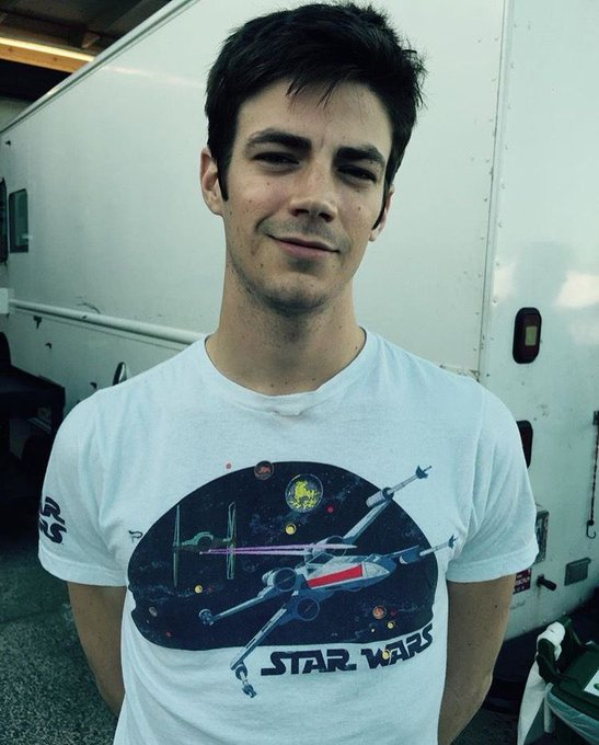 Happy birthday, Grant Gustin!!!! i love and support you so much!!!!  I hope 29 is a good one :,]!!!