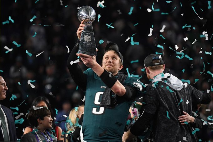 If a picture of an Egg can break the record of most likes on Instagram. How many retweets & likes can a picture of Eagles legend Nick Foles get ?🤔 #FlyEaglesFly Photo