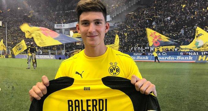 A contratação de Balerdi indica os olhares do Dortmund também às promessas da América do Sul Foto
