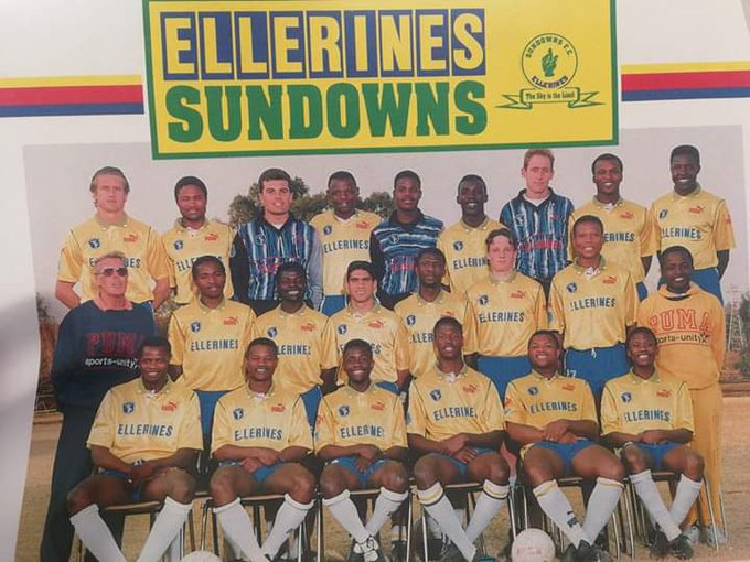 @ThulaniThuswa 1993 season, this group of players were unstoppable, the following year Chippa departed for leeds united #Rip Phil Masinga Photo