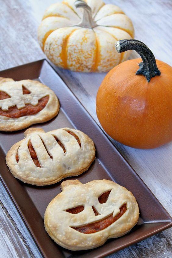 PUMPKIN Pie Pop Tarts via Recipe Girl. #GhastlyGastronomy <br>http://pic.twitter.com/LY173M0fiw