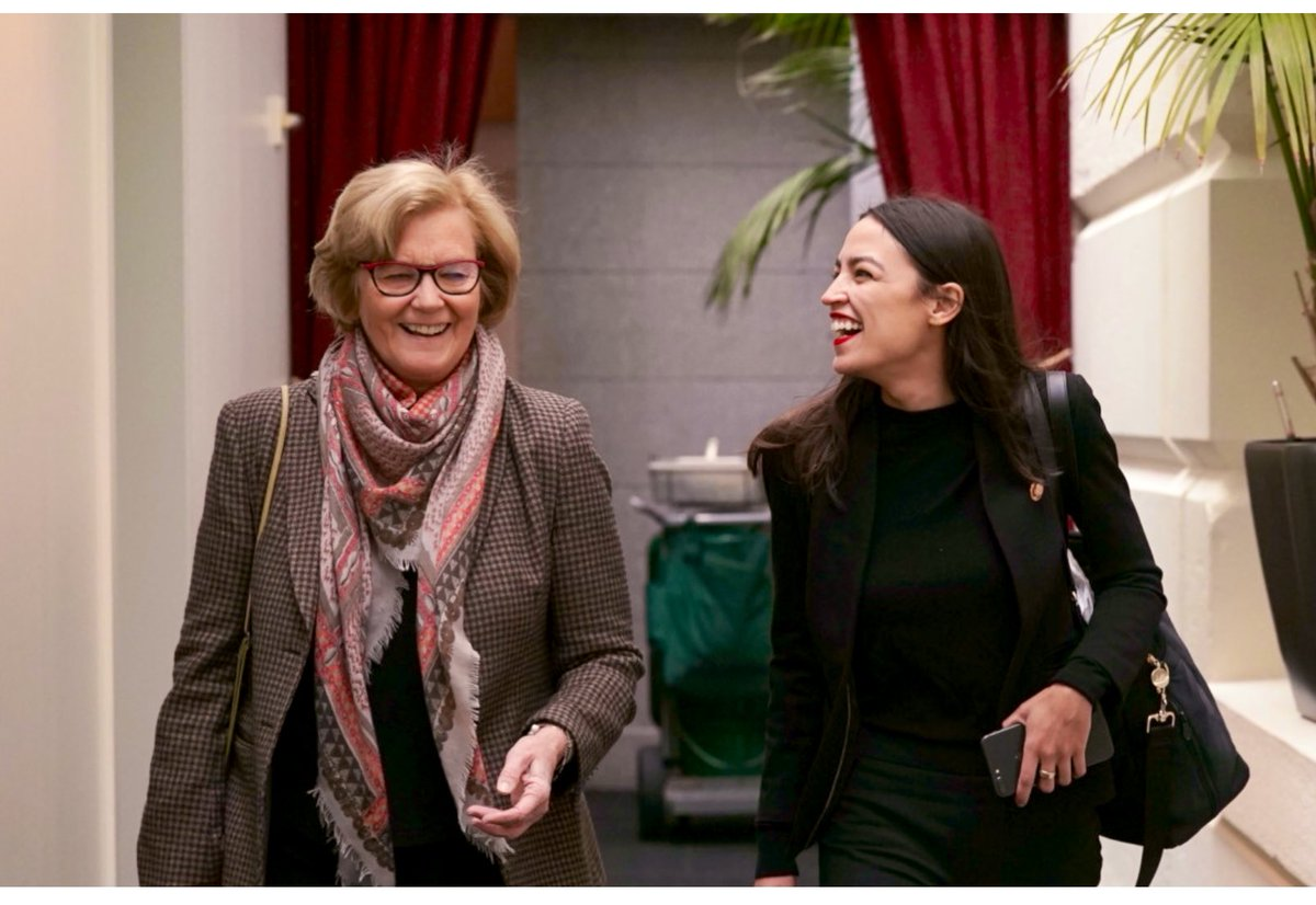 AOC(NY) + @chelliepingree(ME) = #GreenNewDeal (USA) 💚
