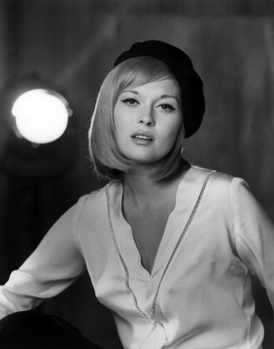 Happy 78th Birthday to Faye Dunaway  (January 14, 1941)