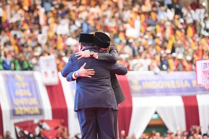 Pemilihan Umum ini bukan Pemilu-nya Prabowo, bukan Pemilu-nya Sandiaga Uno, tapi Pemilu-nya bangsa Indonesia. Karena itu, kemenangan yang dapat kita rebut di 17 April 2019 nanti bukan kemenangan Prabowo & Sandiaga Uno, tapi kemenangan bangsa Indonesia. #IndonesiaMenang Photo