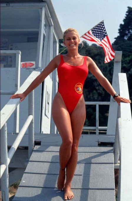 Happy Birthday to Nicole Eggert who turns 47 today!  Pictured here on Baywatch.