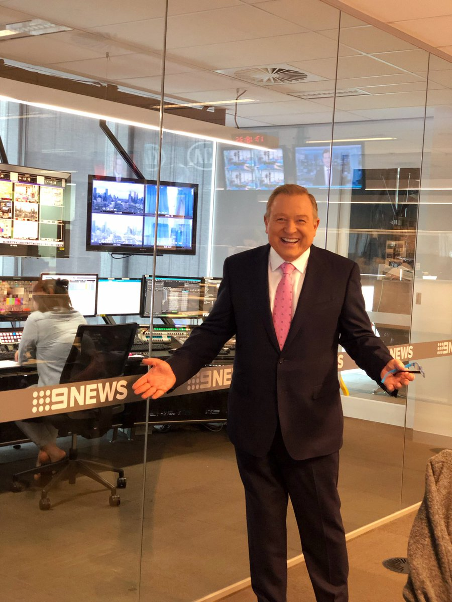 Meanwhile, back in the newsroom, I'm getting ready for 6! @9NewsMelb