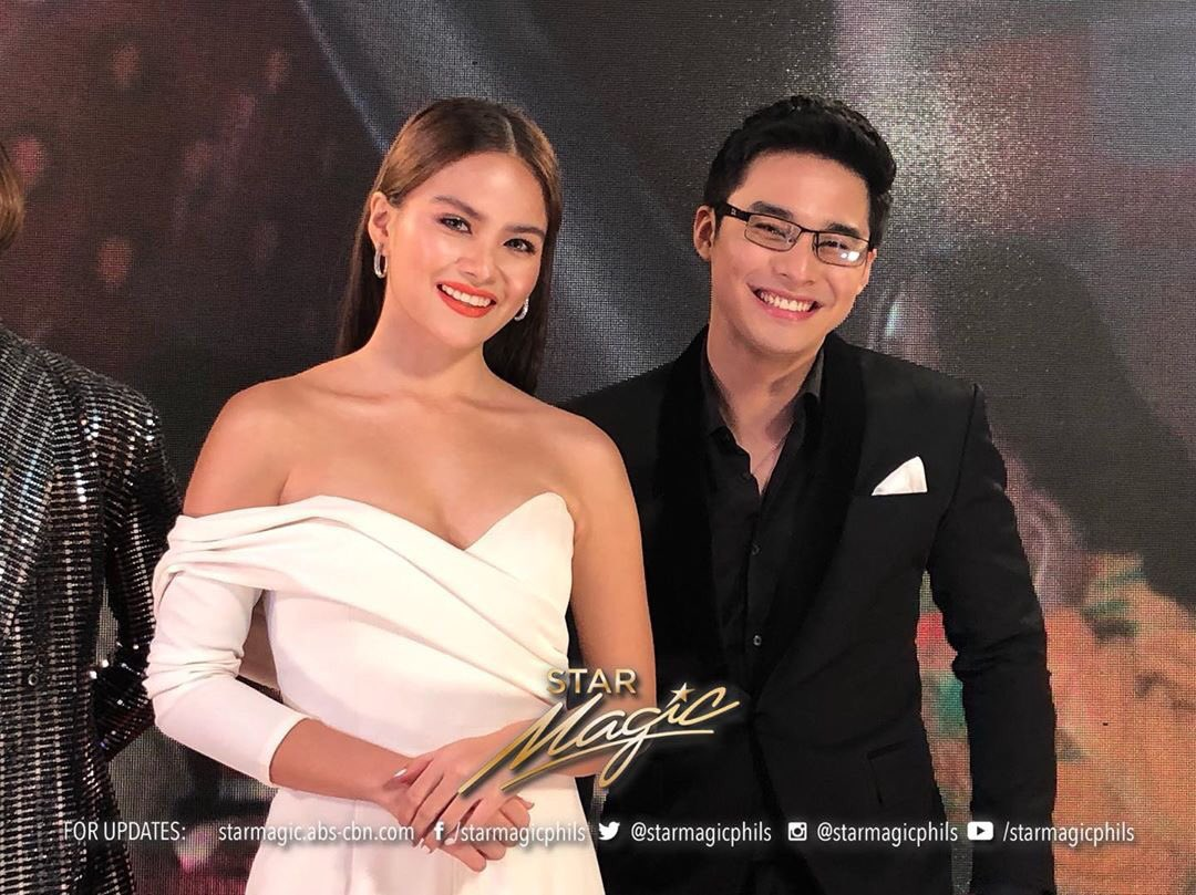 so nice seeing those smiles that I super love! @ElisseJoson @hashtag_mccoydl   #SMTBlackCarpet<br>http://pic.twitter.com/rplBsLeUTT