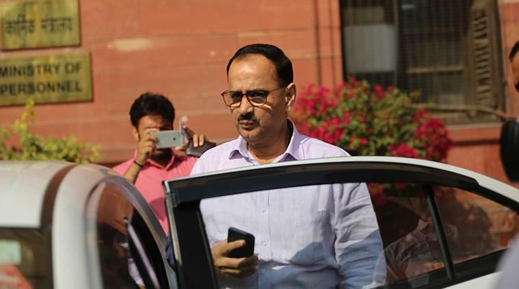 #JustIn: Delhi HC Issues Notice To Former #CBI Director #AlokVerma  #BTVIAlert: Delhi HC Notice On PIL Filed Against Alok Verma