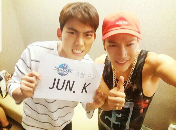 @taeccool @Jun2daKAY 💖💚love boys🎂🎉 #YangguBoyJunkayDay ภาพถ่าย
