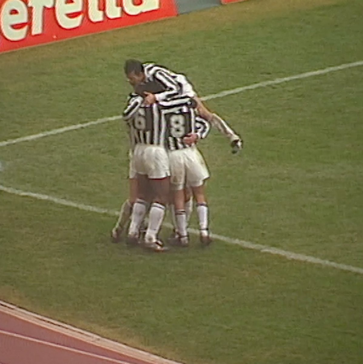 📅 19.01.1992 😱 SPETTACOLARE GOL DI TOTO' #SCHILLACI! ⚽️ #GoalOfTheDay #ForzaJuve