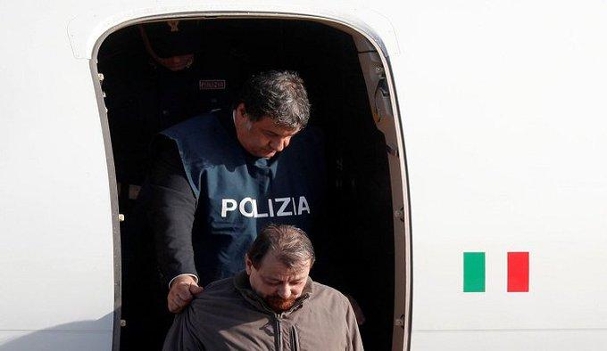Cesare Battisti cumprirá pena na Sardenha Foto