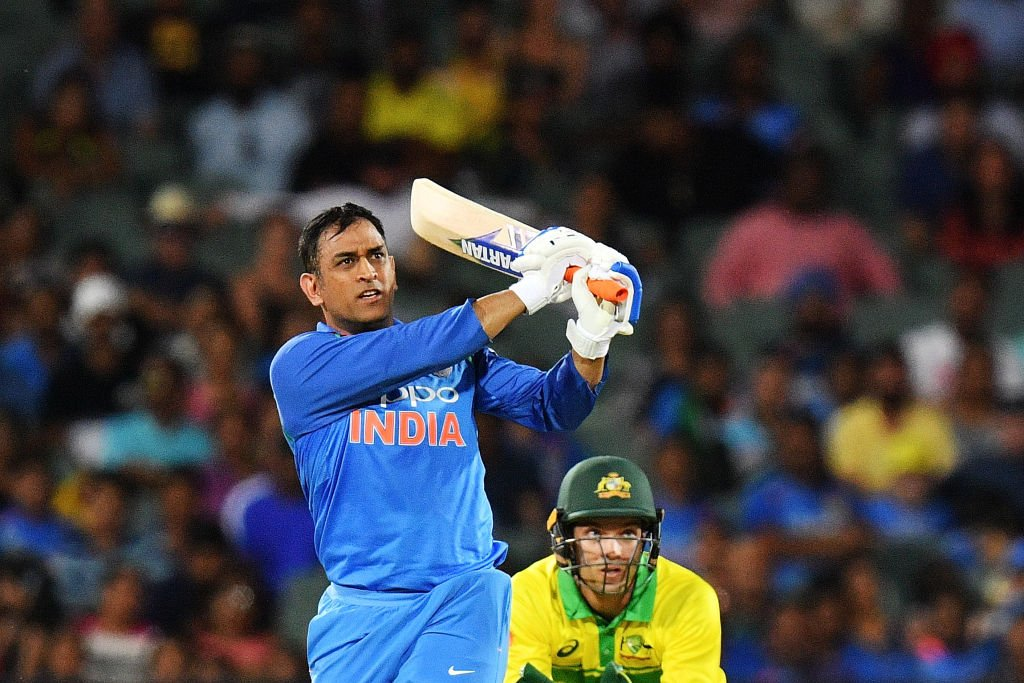 A last over thriller in Adelaide. #TeamIndia clinch the 2nd ODI by 6 wickets courtesy winning touches from @imVkohli @msdhoni & @DineshKarthik. 1-1 🇮🇳🇮🇳 #AUSvIND