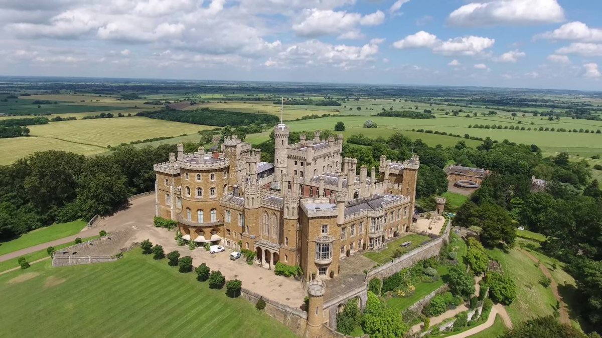 Belvoir Castle was a royalist stronghold in the time of the Civil War but today you can storm it with us on our trike tour of the Vale... http://bit.ly/MidshireTrikeTours …  . . #Belvoir #BelvoirCastle #ValeofBelvoir #EastMidlands #tours #explore