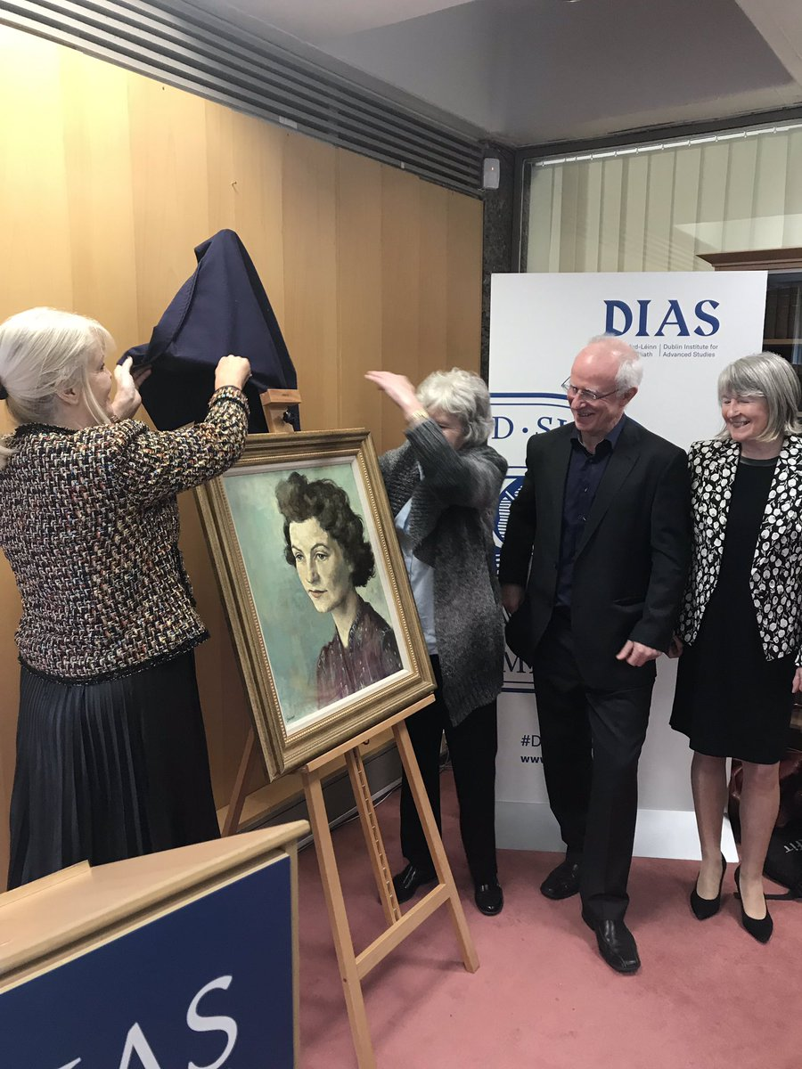 test Twitter Media - The beautiful portrait of Sheila Tinney, by Judith Henihan, officially unveiled by the family of Sheila and @mitchelloconnor https://t.co/PiyVD98DlH
