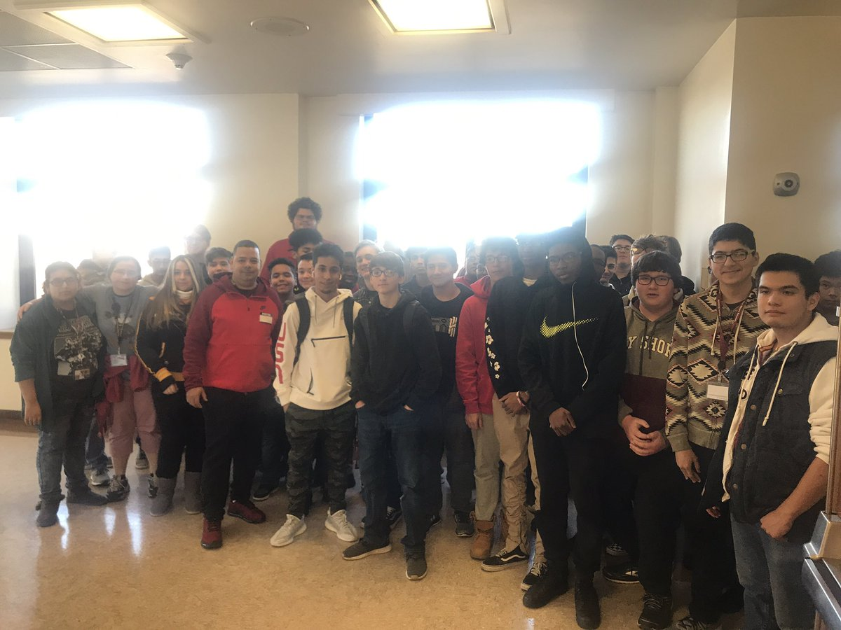 Today Bay Shore Student  @Its_JSTN  a pro @RocketLeague @NRGgg  @RLEsports with his dad @Matrixlover2003 gave our club a donation that pays for all 160 members to play an entire @HSELesports season! Great to see successful young people #payitforward <br>http://pic.twitter.com/IaRGpy97OP
