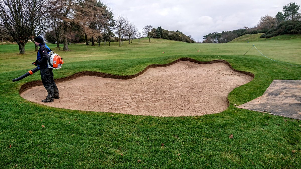 test Twitter Media - Still plugging on with the final layer of sand today. Only the 6th and 16th now to complete and we're done.  Mass celebrations will then commence from the greenstaff. https://t.co/ddapgZOmQB