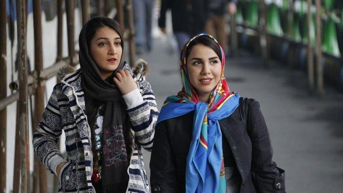 El vice-presidente del Parlamento de Teherán, Irán abrió la posibilidad del referéndum sobre el velo islámico #Heterodino por @asianewses Foto