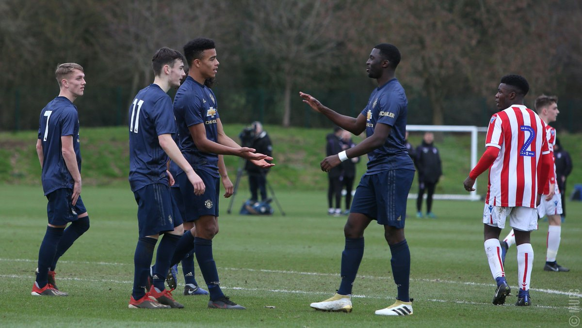 #MUAcademy U18s: FT - Stoke City 1 #MUFC 4. A double by Mason Greenwood and further goals by D'Mani Mellor and Brandon Williams ensure a comfortable win on the road for Neil Ryan's Reds.