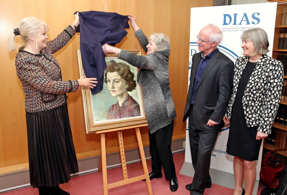 test Twitter Media - A proud day for DIAS, celebrating our past and present female scientists: news that Dr Rebeca Garcia Lopez (DIAS) has received funding via @scienceirel Starting Investigator Research Grant & unveiling of the portrait of renowned scientist & 1st female Fellow of DIAS,Sheila Tinney https://t.co/3oHEdAaVdl