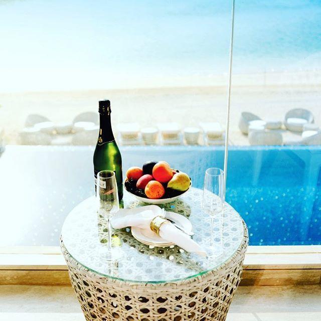 Bliss #luxurylifestyle #thenoblehouserealestate #beach #dubai#billionaireboysclub #supercars#tnh_luxury_homes #hotels#travel#holiday #2019goals #successquotes #palmjumeirah #islandlife  http:// bit.ly/2svWVMF  &nbsp;  <br>http://pic.twitter.com/przDLd6SJx