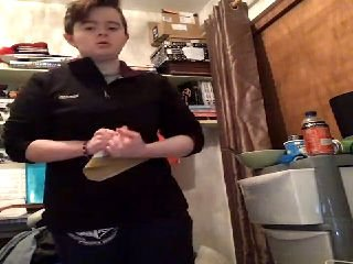 🔴 LIVE Nessa.Daly on @YouNow - #DisabledPeopleRock! https://t.co/qP0irt6Fp7 https://t.co/oEZLkYzc98