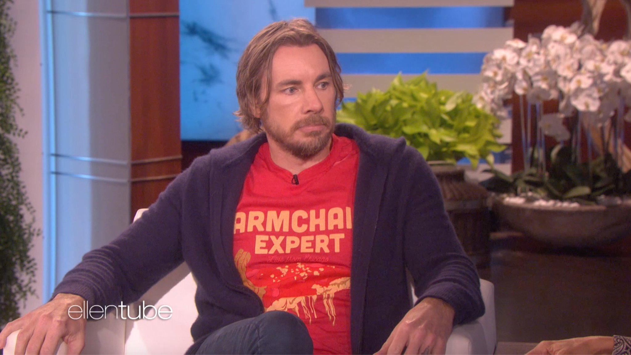 """.@DaxShepard has a dream for the """"A Star Is Born"""" sequel. I hope you're okay with this, Bradley Cooper. https://t.co/sj1kbz6IW9"""