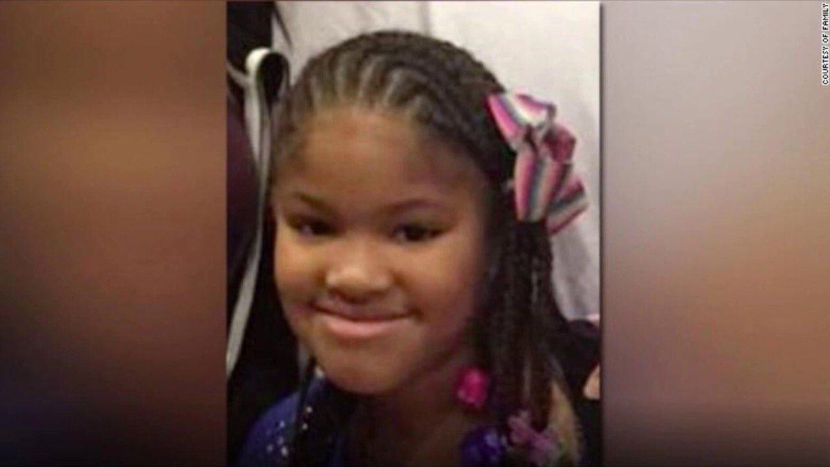 """#JazmineBarnes favorite song was """"Wake Up in the Sky"""" by @BrunoMars & . He@gucci1017r favorite color was purple. She loved to play dress-up & put on her mom's heels. She dreamed of being a teacher & would make her sisters """"play school."""" Her killer is still on the loose today."""