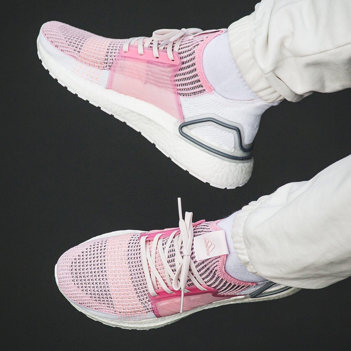 ultraboost 19 true pink
