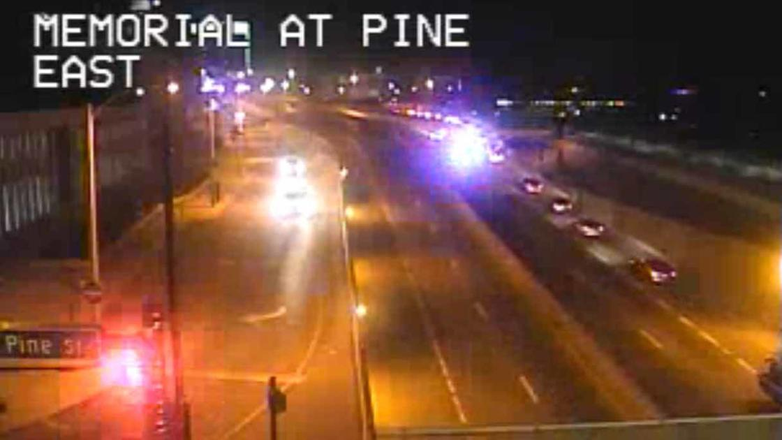 ACCIDENT CLOSES ALL LANES : Latest News, Breaking News