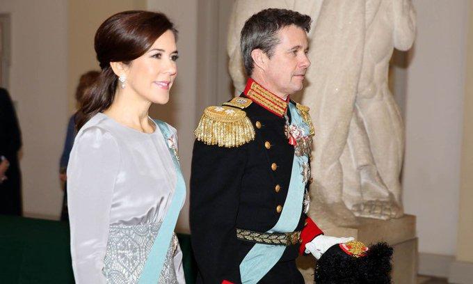 Danish Royal Family  - Page 4 DwD_sxIXgAE5i4_