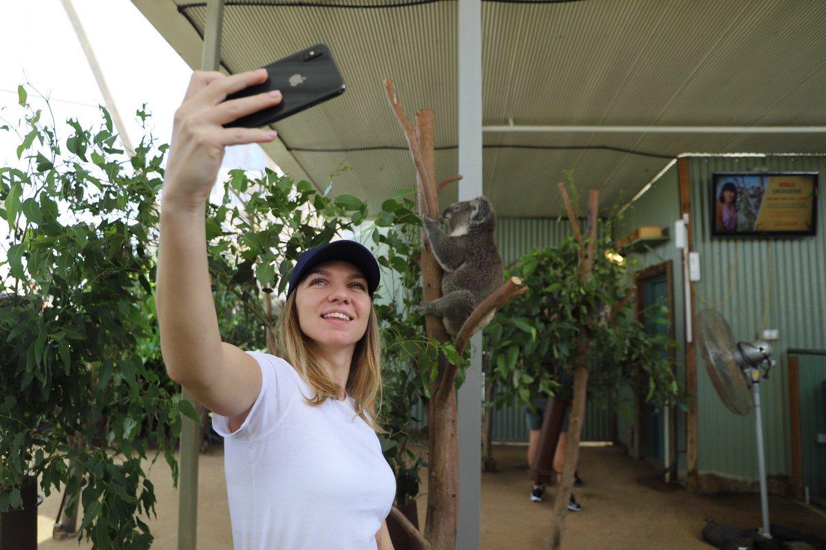 Now I'm officially in Australia 🤳🐨 #SydneyTennis