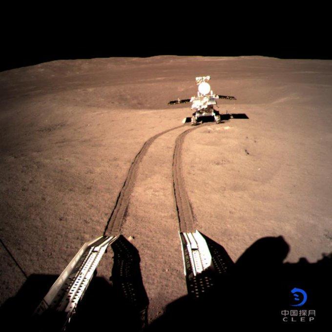 Chang'e 4 - Mission sur la face cachée de la Lune (rover Yutu 2) - Page 6 DwEFvbVWwAAwvcR?format=jpg&name=small