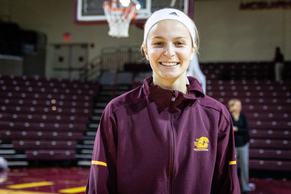 Former bench warmer Maddy Watters shines in role as starter for Central Michigan  STORY: http://www.cm-life.com/article/2019/01/central-michigan-chippewas-maddy-watters-womens-basketball-former-bench-warmer-shines-role-starter-sue-guevara-story-1-3-19…