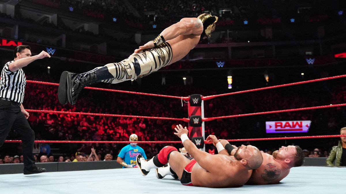 Thank you #WWEColumbus! Great way to start 2019! #extreme #luchahouseparty<br>http://pic.twitter.com/B8WKzaa68q