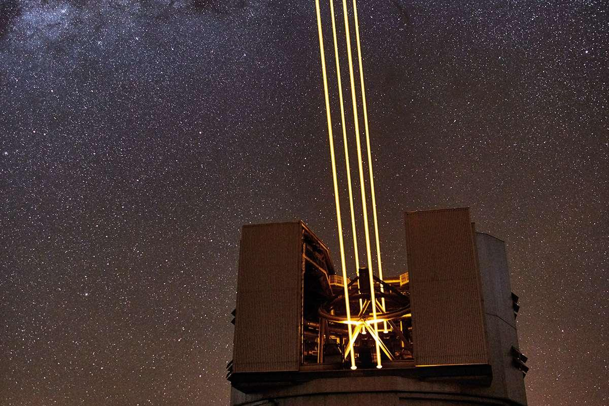 World's most powerful telescope takes us to the edge of a black hole...