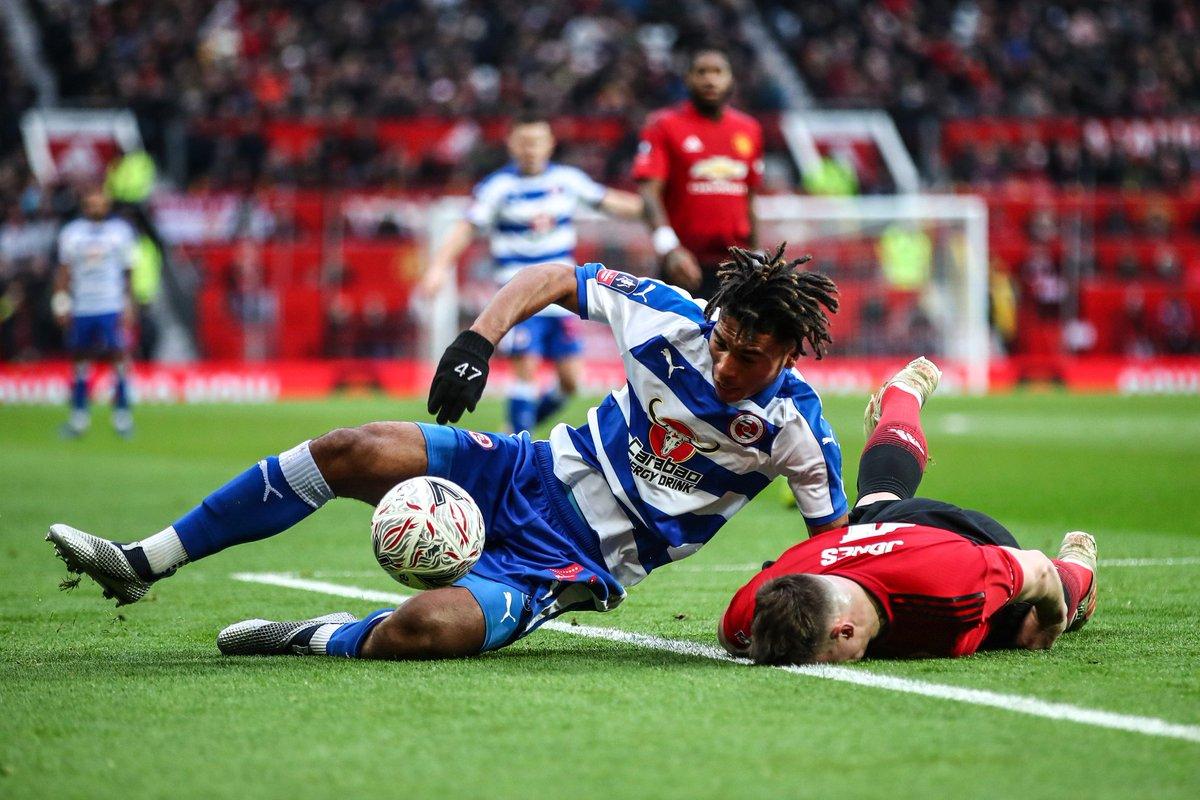 Manchester United vs Reading 2-0 Highlights