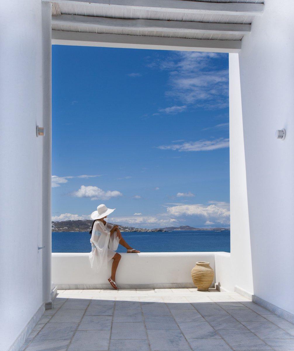 разу писали фото из окна дели море была игра