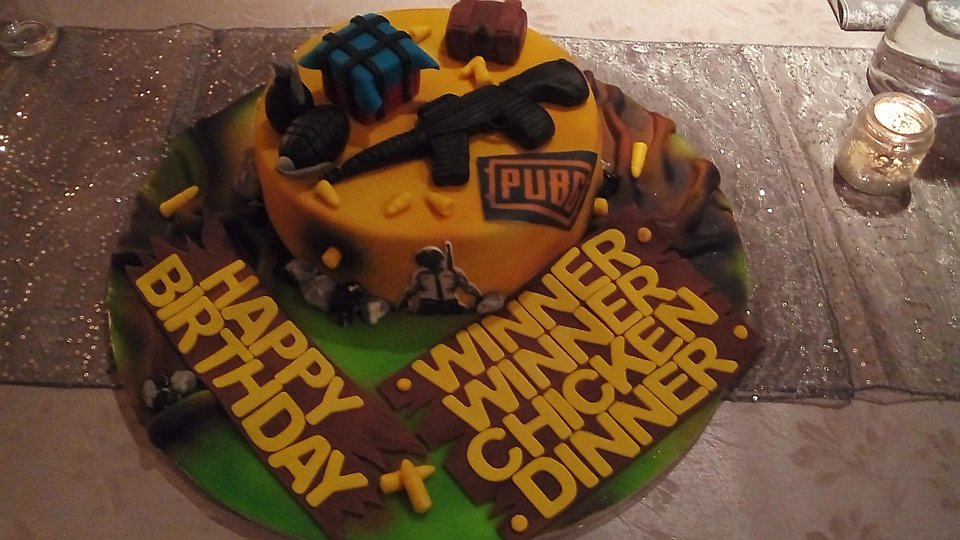 Pubg On Twitter U Discharger90 Got This Cake And Patch 24 For His