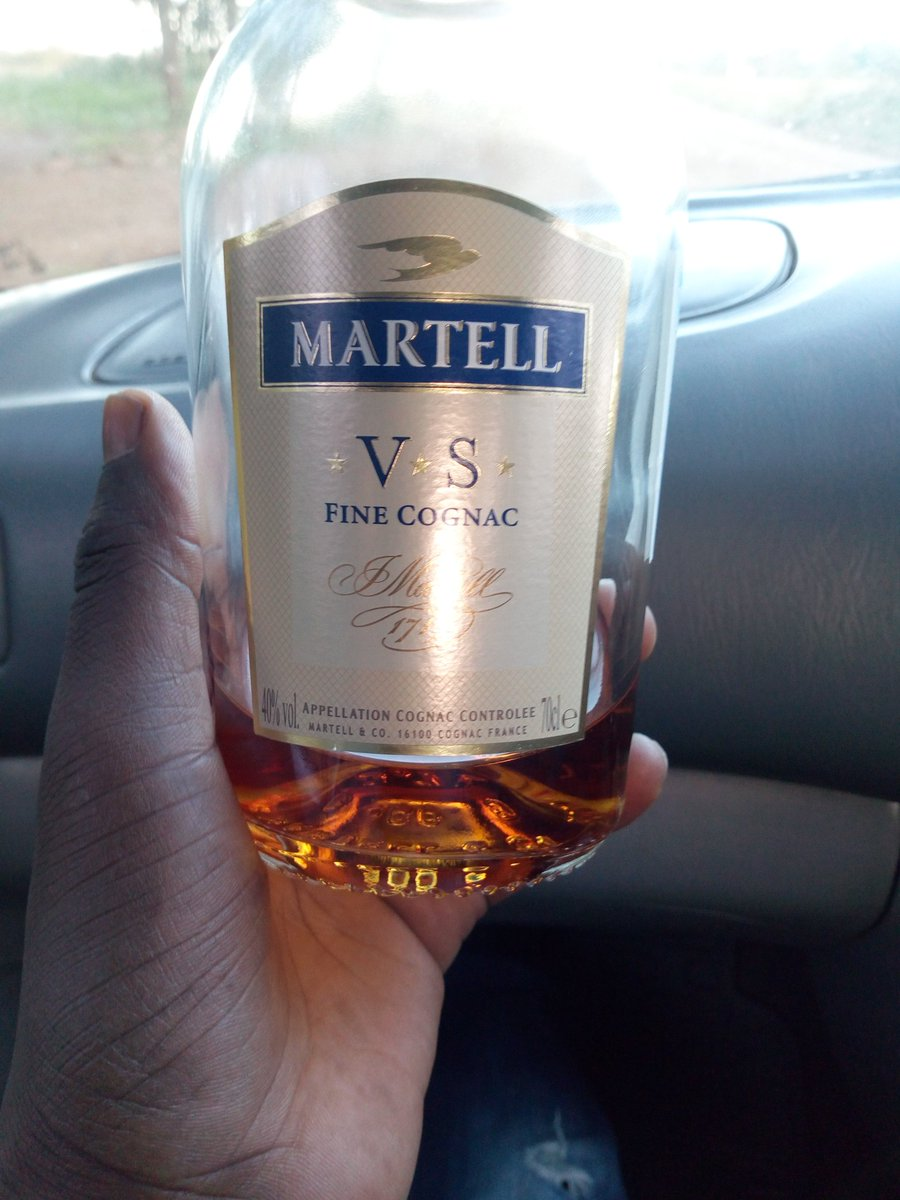 Gift from my buddy, half empty though... #FinerThingsClub <br>http://pic.twitter.com/SWSmgwrhXS