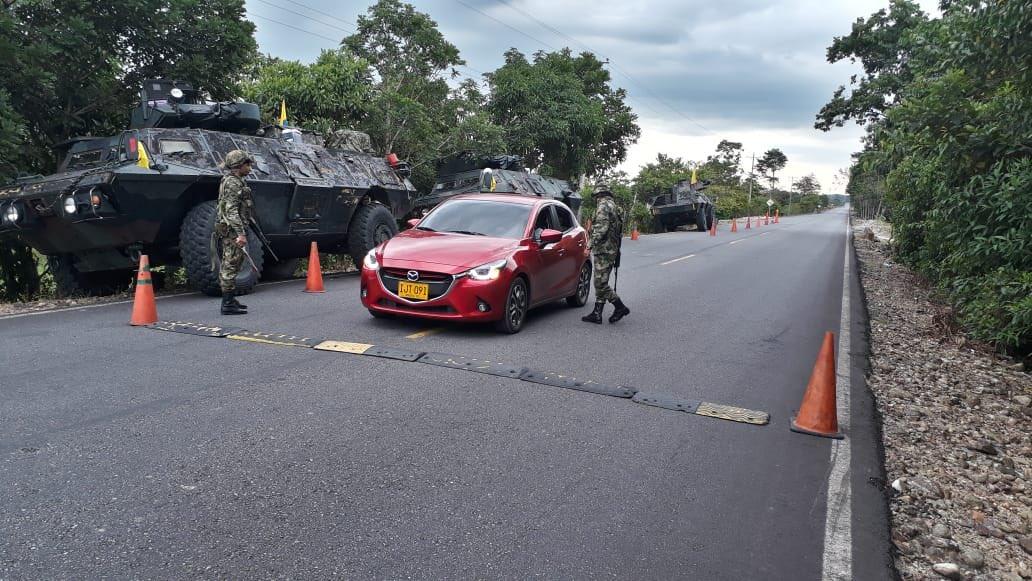 Blindados del Ejército Colombiano DwPIeRBWsAA951-