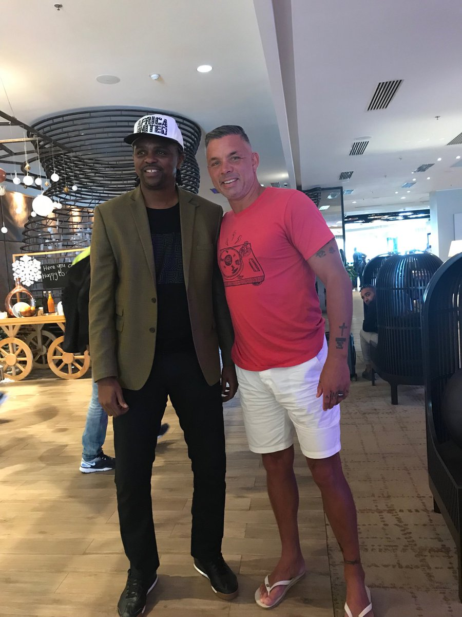 My Super Eagle brother...Awesome seeing you King Kanu!!