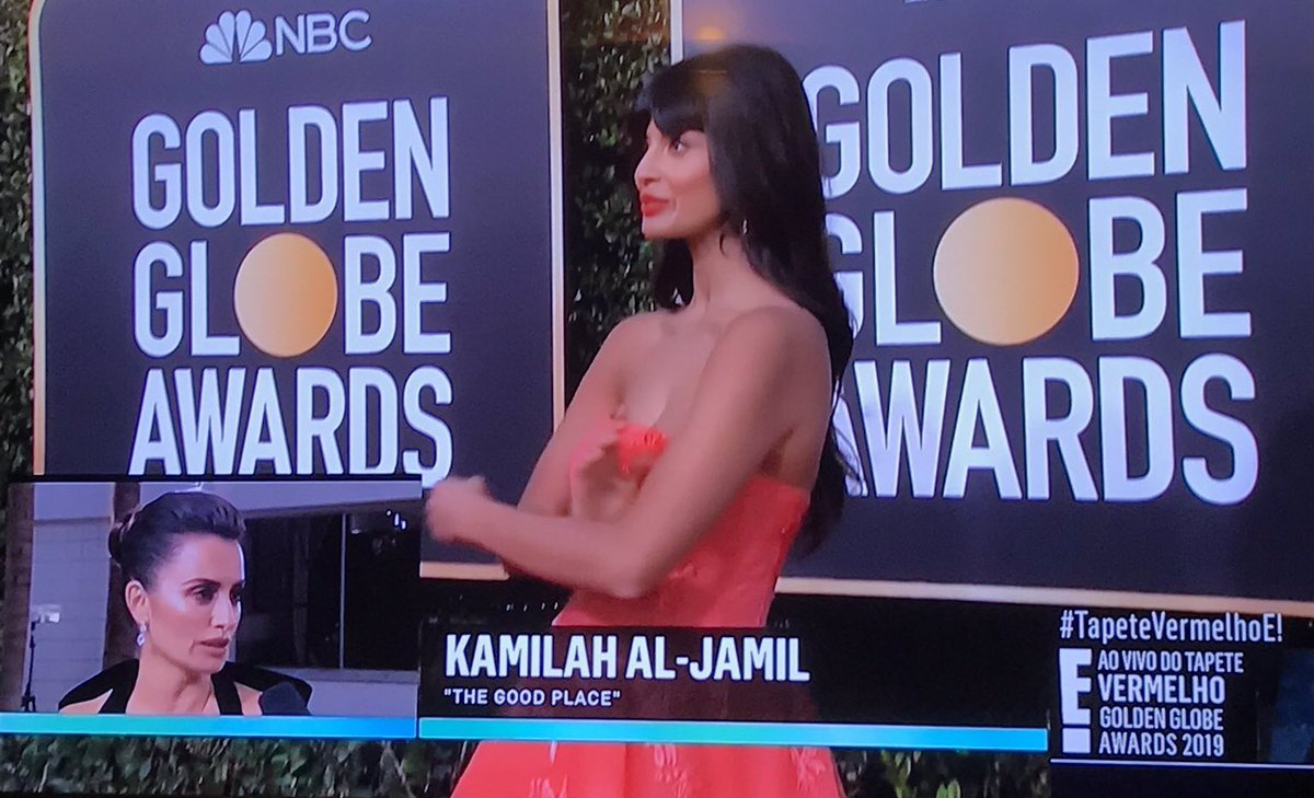 14 Super Awkward Moments From The Golden Globes