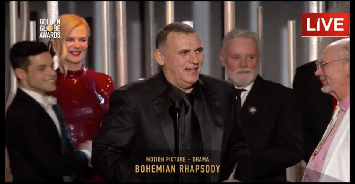 Felicitaciones @BoRhapMovie @DrBrianMay @OfficialRMT!!!