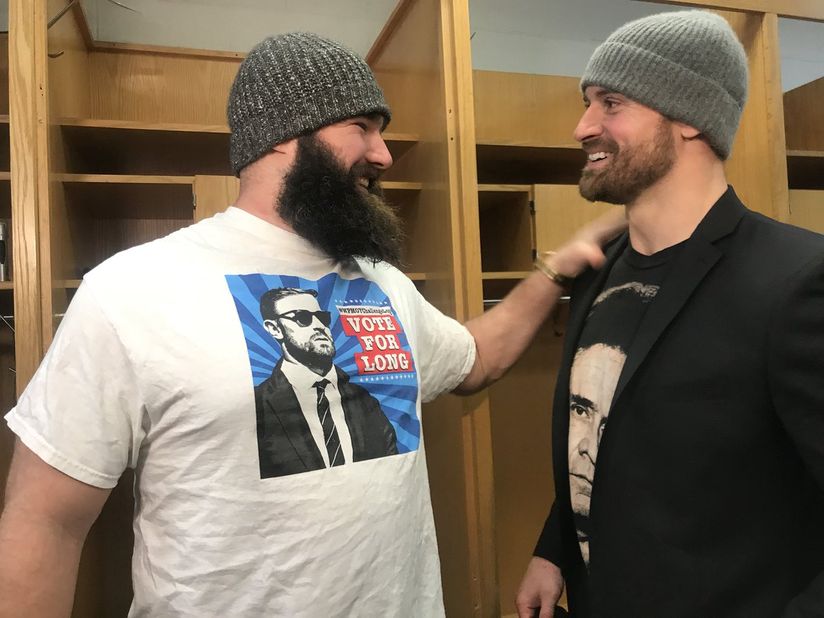 Jason Kelce busts in the Chris Long interview, 'vote vote vote! Everybody vote! I love this man!' #WPMOYChallengeLong https://t.co/XmnQfZkPqo